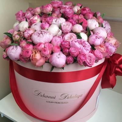 Пионовидные розы и пионы в цилиндре (XL)