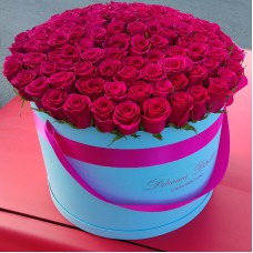 Малиновые розы в цилиндре (XL) от 101 розы